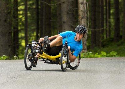 azub-t-tris-26-rear-wheel-trike-alps-touring (2)
