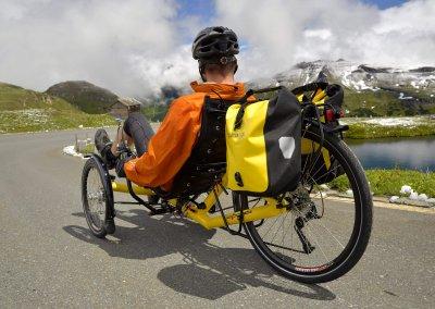 azub-t-tris-26-rear-wheel-trike-alps-touring (4)