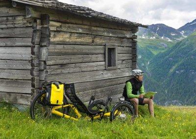azub-t-tris-26-rear-wheel-trike-alps-touring (5)