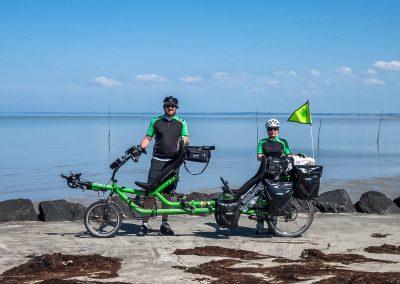 azub-twin-tandem-recumbent-bike (4)