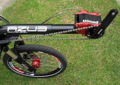 azub-mini-in-black-with-pinion (7)