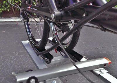 recumbent-tandem-bike-car-hitch-rack-1