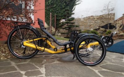 """Photos of the new T-Tris 26"""" trike"""
