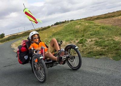 azub-t-tris-20-recumbent-trike-lifestyle (9)