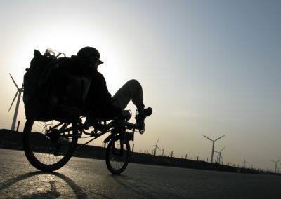 azub-six-26-and-20-wheel-recumbent-toruing-bike (6)