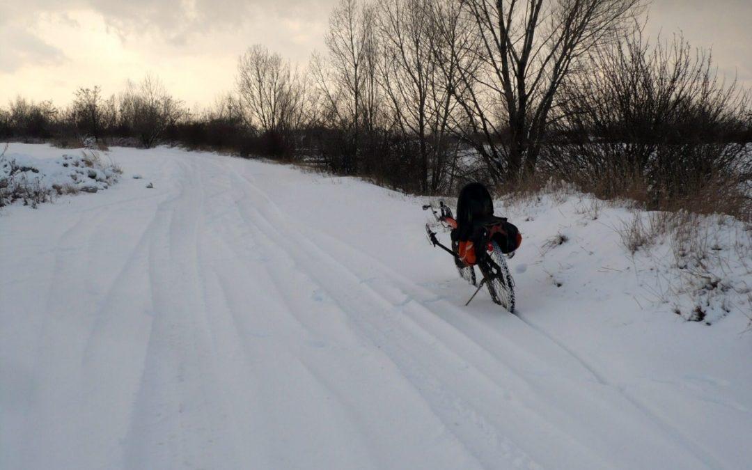 Winter commuter by Jirka Hebeda on AZUB Apus