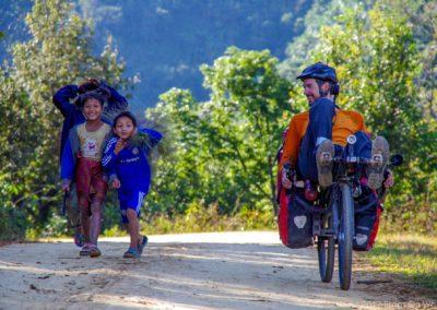 D1013 (54)-FrogsOnWheels-Laos