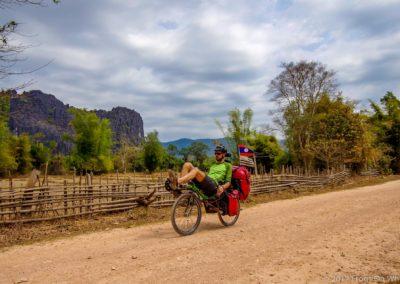 D1048 (147)-FrogsOnWheels-Laos
