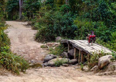 D1048 (201)-FrogsOnWheels-Laos