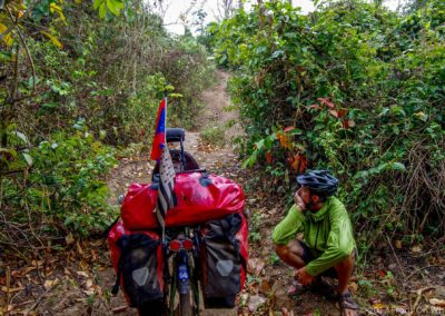 D1049 (53)-FrogsOnWheels-Laos