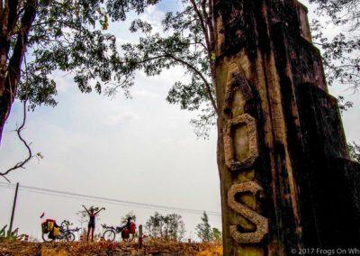 D1060 (78)-FrogsOnWheels-Laos