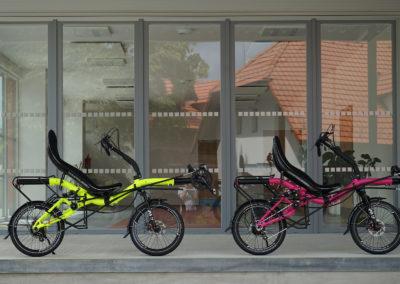 azub_mini_folding_prototype_pink_yellow_001