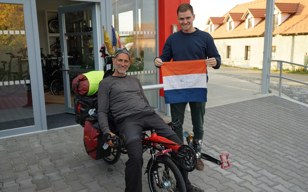 Richard Haket visiting AZUB – bike restoration