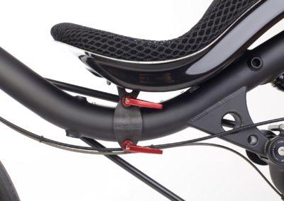 Sliding seat bracket
