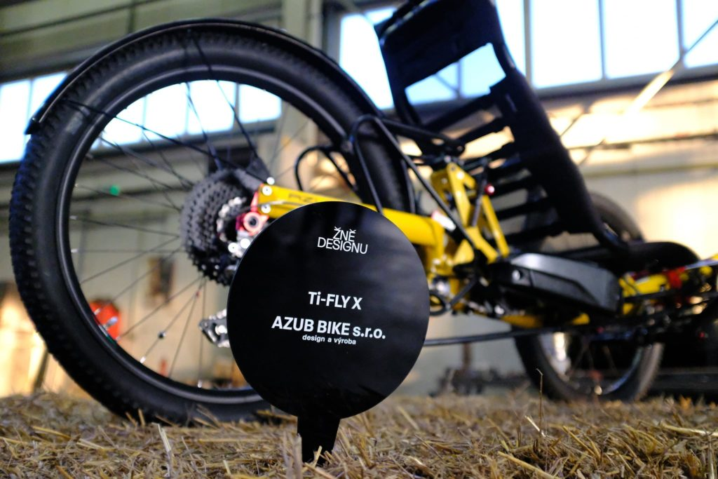 Ti-FLY X je celoodpružená ležatá tříkolka